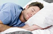 Медики рассказали о помогающих быстро уснуть упражнениях