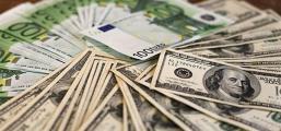 Белорусы в сентябре стали продавцами валюты