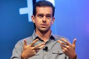Глава Twitter извинился за закрытие архива удаленных твитов