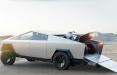 Tesla представит обновленный пикап Cybertruck