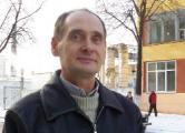 Члена «Единой России» задержали за листовки, а судят за «брань»
