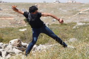 В Ираке мужчину забили камнями за адюльтер