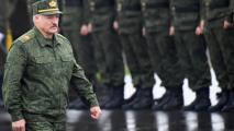 Лукашенко лишил званий силовиков, которые выступили против жестокости по отношению к согражданам