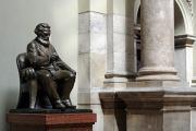 Венгрию оставили без статуй Маркса