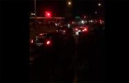 Жители Гомеля идут по городу и скандируют «Выходи!»
