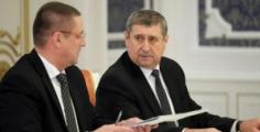 Уволены вице-премьер Русый и министр сельского хозяйства Заяц