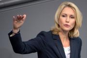 Немецкие компании обязали отдать женщинам треть руководящих должностей