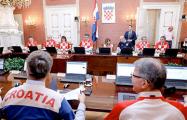 Фотофакт: Правительство Хорватии пришло на заседание в майках футбольной сборной