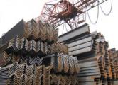 На складах скопились тонны металлургической продукции