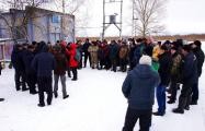 Полешуки не верят чиновникам от Нацпарка и продолжают борьбу за озеро Червоное
