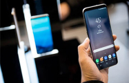 В российских школах могут запретить мобильные телефоны