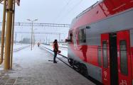 Двухэтажный поезд Минск - Вильнюс два часа простоял в Ждановичах без отопления