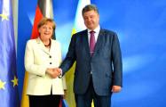 Порошенко и Меркель обсудили эскалацию конфликта в Донбассе