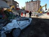 Турецкие спасатели прекратили поиск выживших в землетрясении