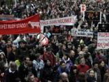 """В годовщину """"бархатной революции"""" в Праге задержали 48 неонацистов"""