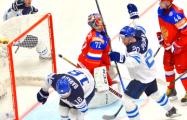 Журналист съел газету, где критиковал сборную Финляндии перед началом ЧМ-2019