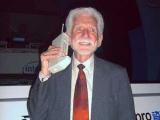 Создателю сотового телефона пришлись не по нраву смартфоны