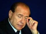 Берлускони пришлось ночевать на работе из-за террористов