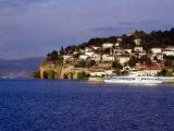 В Македонии затонуло прогулочное судно с туристами