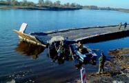 В Житковичах ЗИЛ упал с понтонного моста в Припять