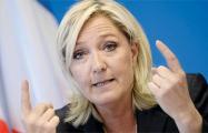 Экс-помощник Ле Пен обвиняет ее партию в махинациях