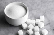 Цены на сахар опять обещают не поднимать