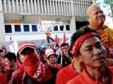 Тайские оппозиционеры захватили танк