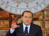 Берлускони отправили под суд за связь с несовершеннолетней