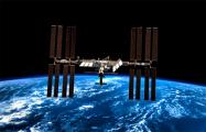 Экипаж МКС не смог устранить утечку воздуха в модуле с помощью скотча
