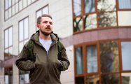 Блогера и оператора «Белсата» дважды наказали сутками
