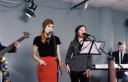 Мировые хиты Happy New Year, Confessa и Saling зазвучали по-белорусски