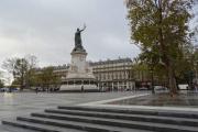 Во время акции экологов в Париже задержали около ста человек