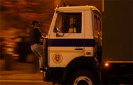 Демонстрант, которого переехали автозаком, стал фигурантом уголовного дела