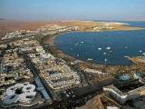 Пляжи Шарм-эль-Шейха открыли после нападений акул