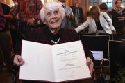 Из-за нацистов немка стала старейшим кандидатом наук