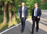 Премьер РФ встретился с Лукашенко в резиденции «Заславль»