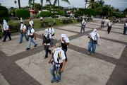 Мексиканские вигиланты вступили в бой с армией