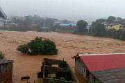 Сотни человек погибли под оползнем в Сьерра-Леоне