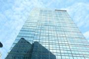 В Гонконге с крыши небоскреба спрыгнул банкир