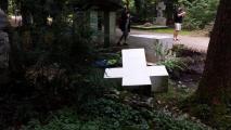 На могиле Степана Бандеры в Мюнхене снесли крест