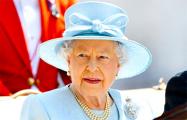 Елизавета II в Рождество напомнила о «надежде в самые темные ночи»