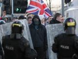 Во время беспорядков в Белфасте пострадали 29 полицейских