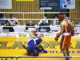 Белорусский боксер нокаутировал соперника (видео)