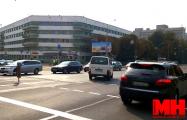 Видеофакт: В Минске водители массово игнорируют недавно установленный знак