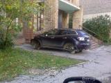 Машину под окном смогут ставить те, кто заплатит за ремонт двора
