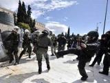 Греческие анархисты забросали полицию камнями и бутылками