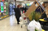 Как белорусы штурмуют польские магазины перед введением новых лимитов