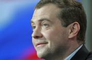 Медведев поздравил Коморовского с победой на выборах