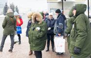 «Зеленые человечки»: минские контролеры удивили пассажиров