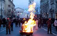 В Вильнюсе на проспекте Гедиминаса горели 30 костров свободы